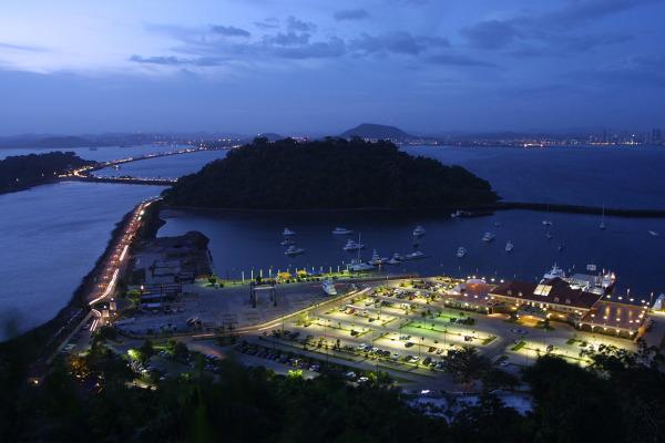 Canal de Panamá Panama Canal locks ampliación