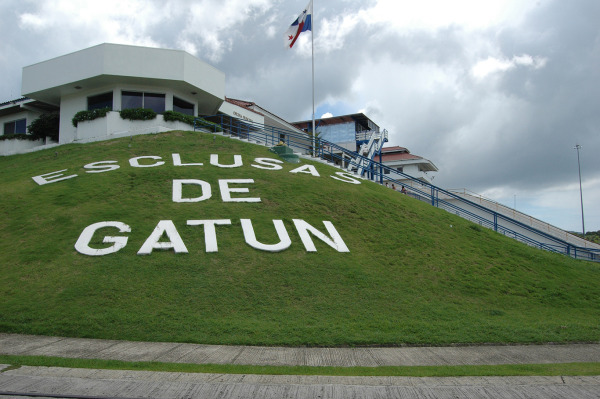 Entrada de las esclusas de Gatún.
