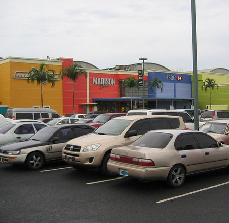 Estacionamiento de Albrook Mall Panama